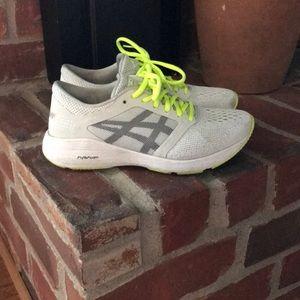Asics womens tennis shoes